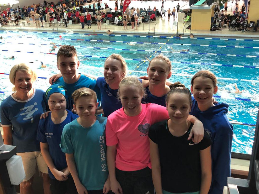 Robin, Klara, Pauline, Maleen (hinten von links) und Angela, Niklas, Lasse, Mia und Ebba (vorne von links). Foto: Privat