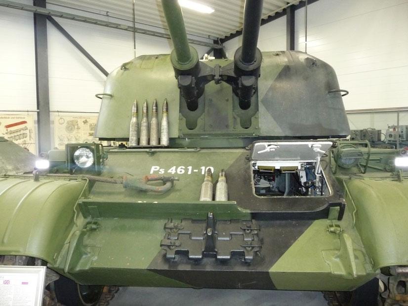Malgré sa puissance de feu, le ZSU-57-2 est obsolète face aux avions à réaction