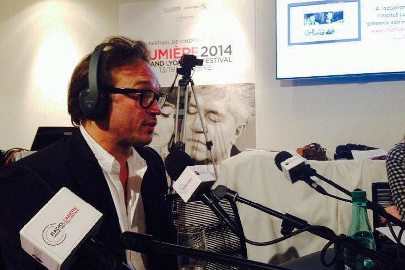 Vincent Perez, invité de Radio Lumière - Festival Lumière - Lyon - Octobre 2014 - Photo postée sur Twitter par Radio Lumière
