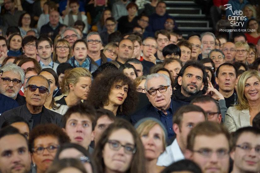 Martin Scorsese entouré de Pablo Trapero, Michèle Laroque,  Abbas Kiarostami et Elia Suleiman - Clôture du Festival Lumière 2015 - Lyon  - Photo © Anik COUBLE