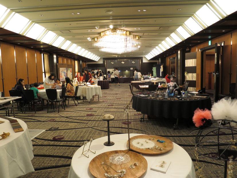 広い会場でたくさんのお客様にゆっくりと楽しんでもらえました。