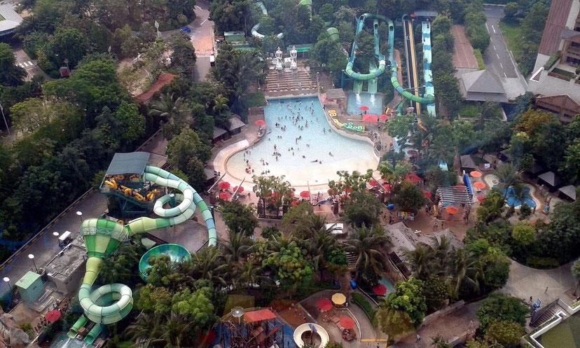 Wasserpark auf Sentosa - Blick aus der Seilbahn
