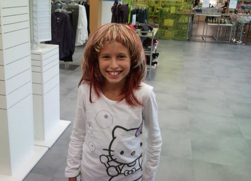 12.09.2010 - Giulia con la parrucca
