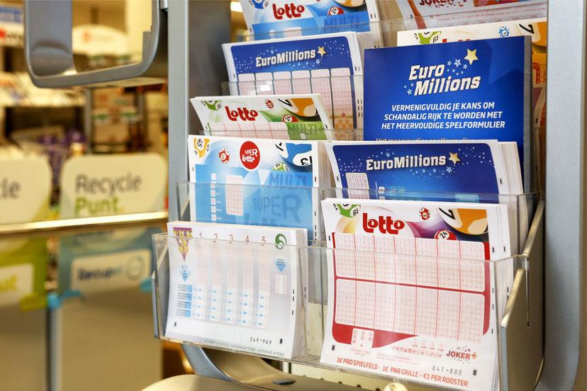 Wij organiseren wekelijks meerdere winkelspeelpotten: dit zorgt voor gedeeld spelplezier en verhoogt de winstkansen van de deelnemers. Kom zeker eens meespelen in onze Lottery Shop