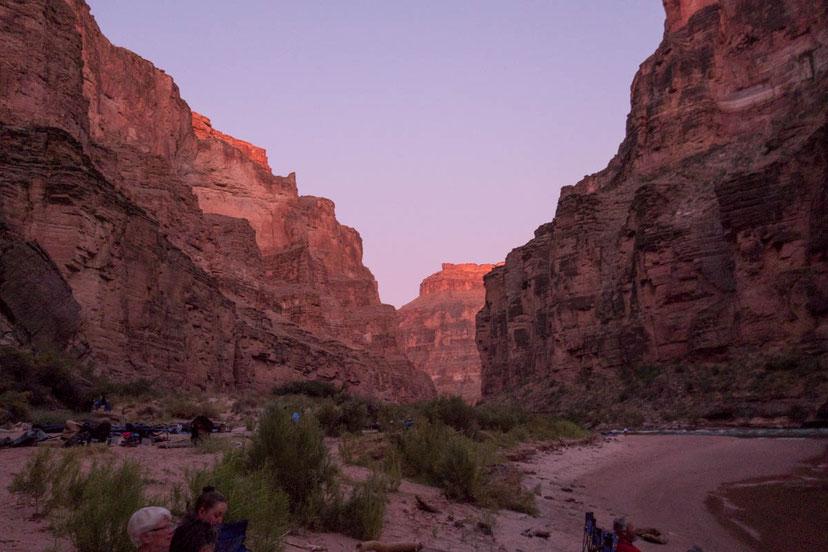 grand canyon, abendlicht, sonnenuntergang, natur, rafting, wildwasser, schlauchboot, colorado, river, usa, arizona
