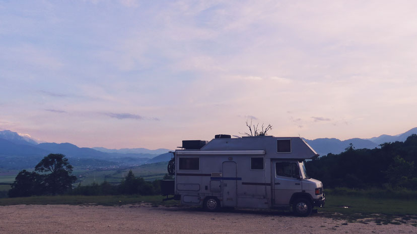 bigousteppes camion mercedes zarnesti sanctuaire roumanie carpates