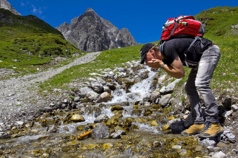 Alpių tirpsmo vanduo tyras ir gaivus atsigerti - Lech Zurs am Arlberg - Austrija