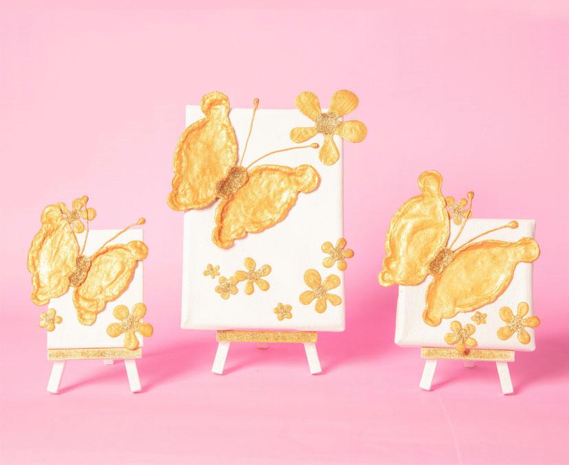 """Die Schmetterlinge """"Lovely and Peaceful"""" fliegen immer von links nach rechts"""