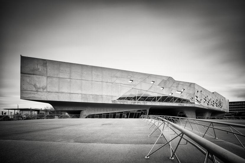 Phaeno Study #5 (Copyright Martin Schmidt, Fotograf für Schwarz-Weiß Fine-Art Architektur- und Landschaftsfotografie aus Nürnberg)