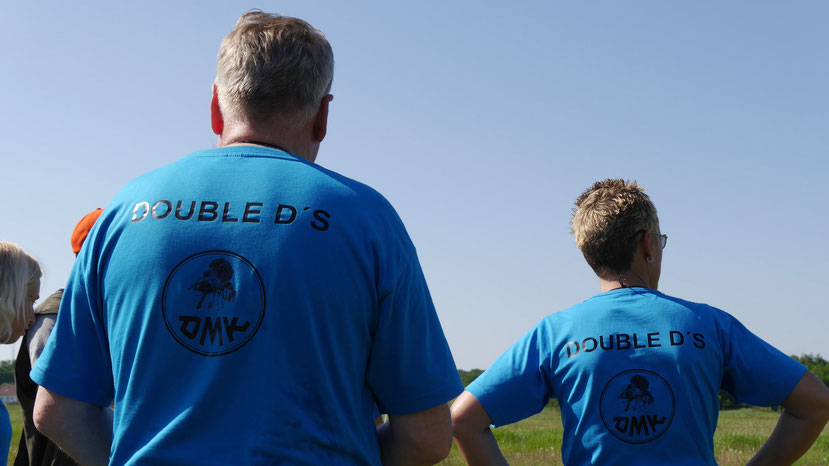 Hans en Peggy als de 2 Dutchies van team Double D's