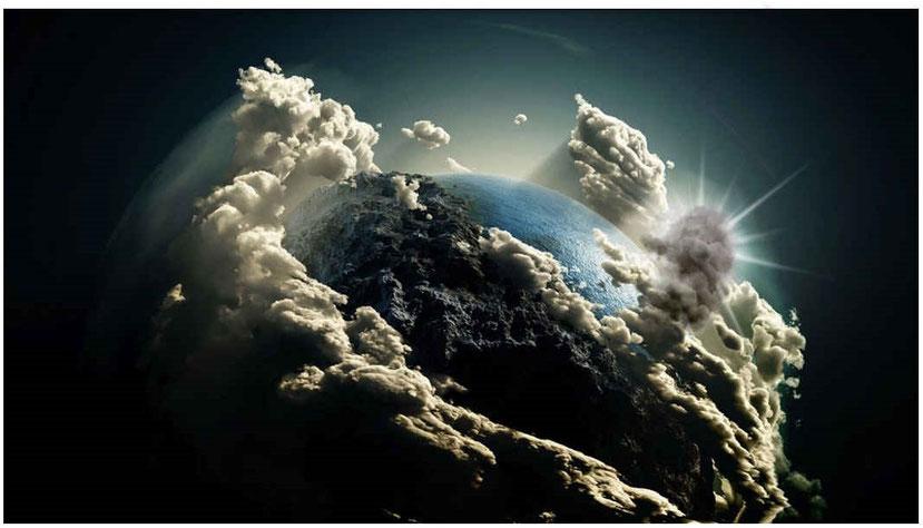 La fumée illustre les influences démoniaques qui cachent la lumière divine, la vraie connaissance et qui influencent les hommes à prendre des voies opposées à Dieu.  L'abîme désigne un état d'abaissement profond dans les ténèbres spirituelles.