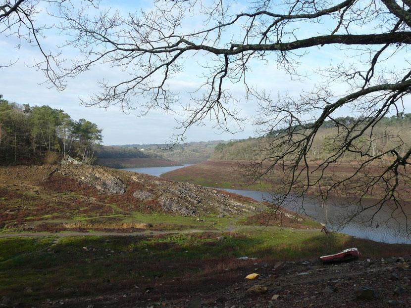 Remplissage du Lac de Guerlédan