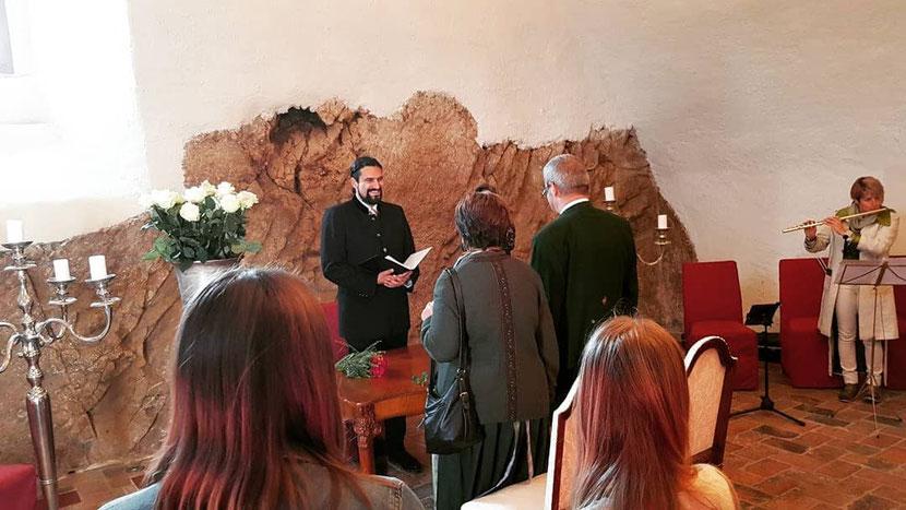 Familiengottesdienst zum Ehejubiläum im Schloss Mattsee - Tassilosaal