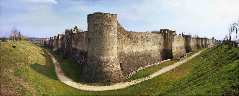 Les murailles de Provins
