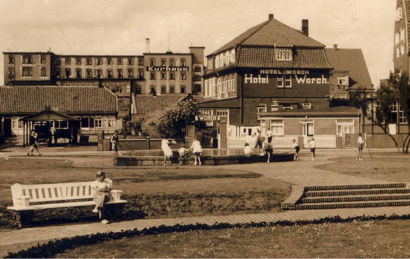 vom Kurplatz auf das Hotel WORCH mit Zugang vom Kurplatz  ca. 1938