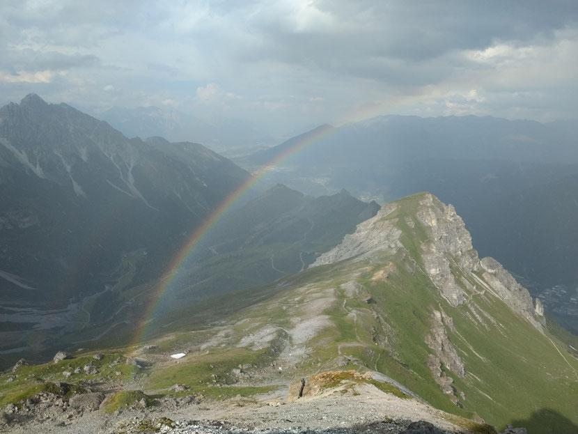 Toller Regenbogen auf dem Weg zum Hohen Burgstall