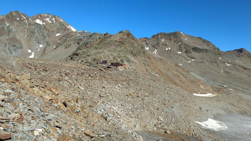 Die Similaunhütte auf 3.019m