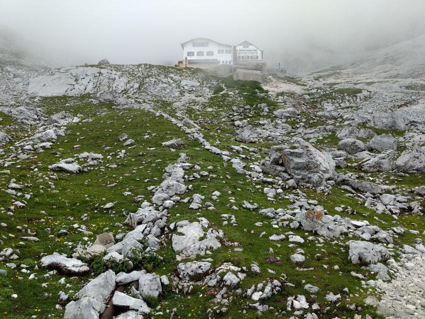 Unser Nachtquartier: Die Knorhütte auf 2.051m