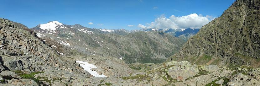 Tolles Panorama, links der Wilde Freiger 3.416m