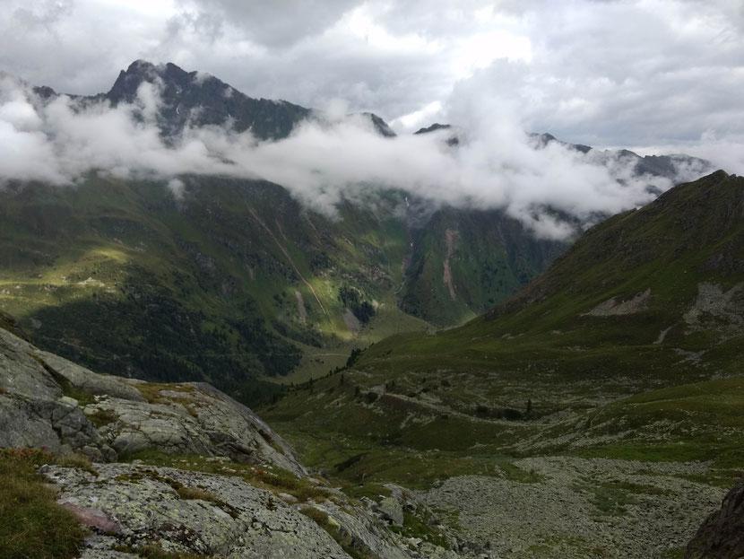 Schöne Aussicht auf die andere Talseite