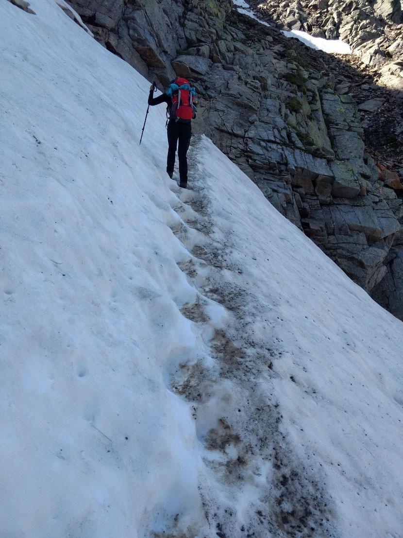 Querung des Schneefelds
