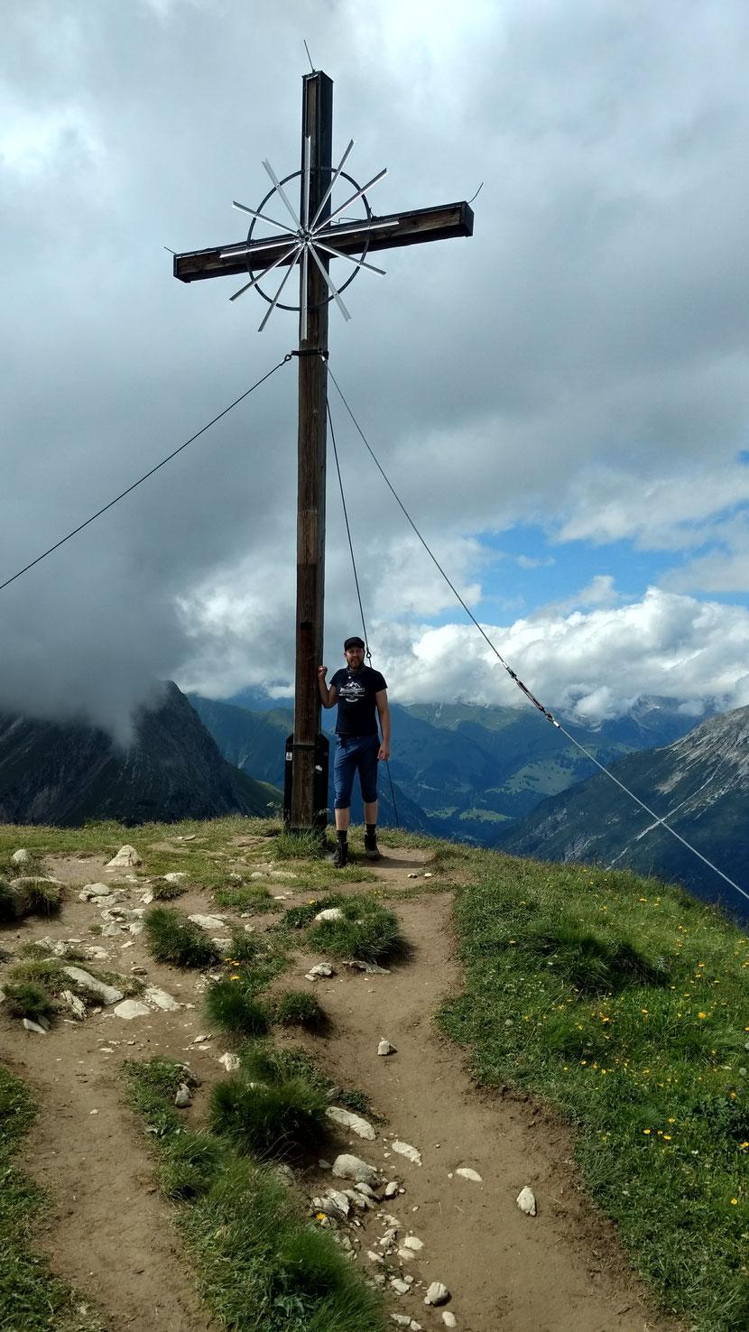 Am Gipfel des Seekogels (2.412m)