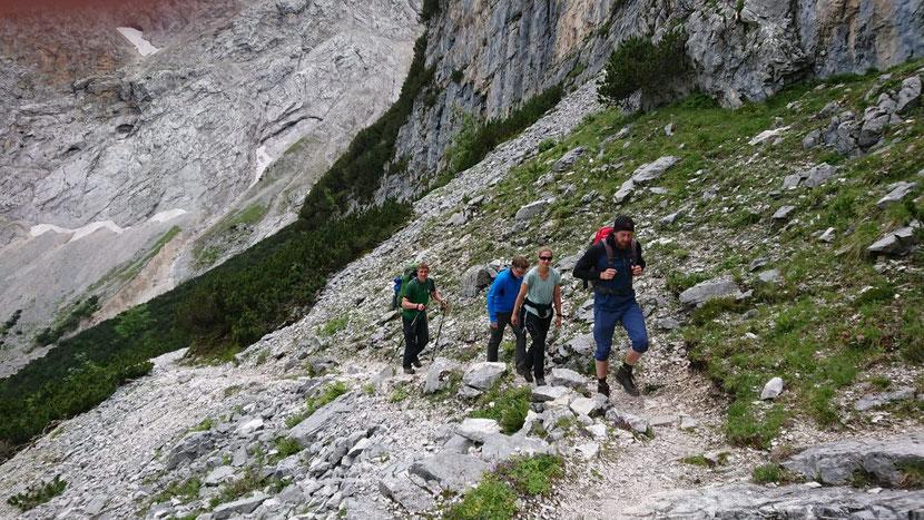 Mühsamer Aufstieg Richtung Knorrhütte