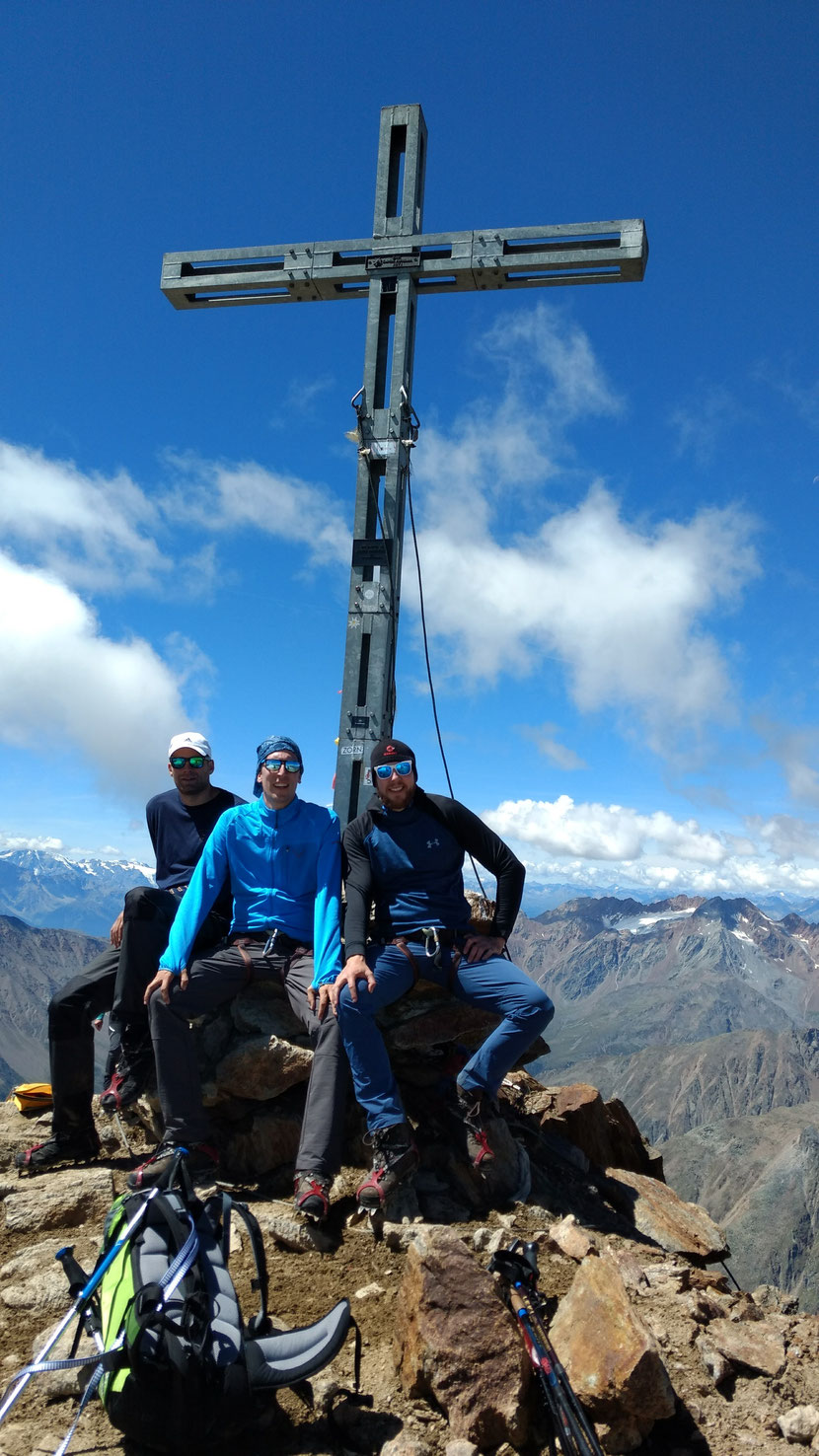 Am Gipfel des Similaun 3.606m