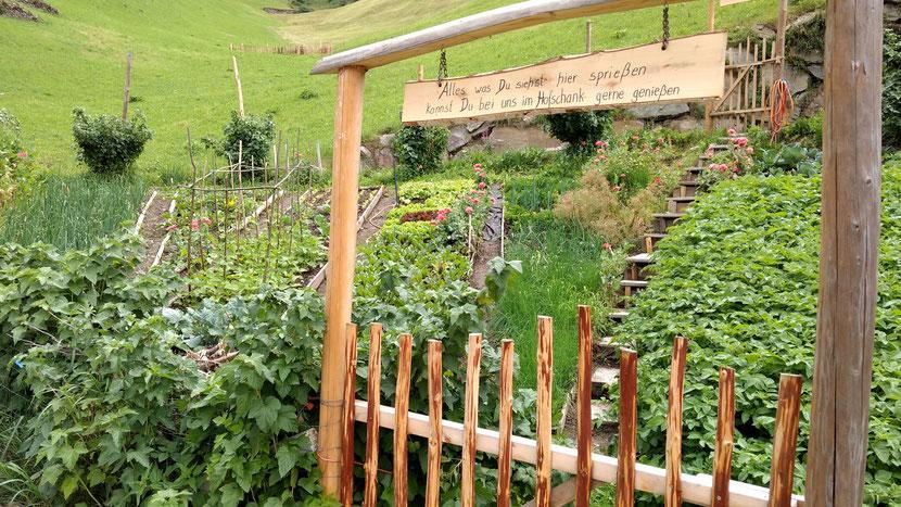 Schöne Garten auf dem Weg Richtung Meran