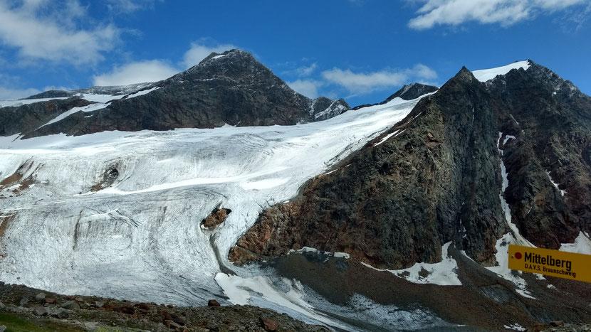 Was ein Ausblick, was eine für eine Location: Gletscherblick von der Braunschweiger Hütte