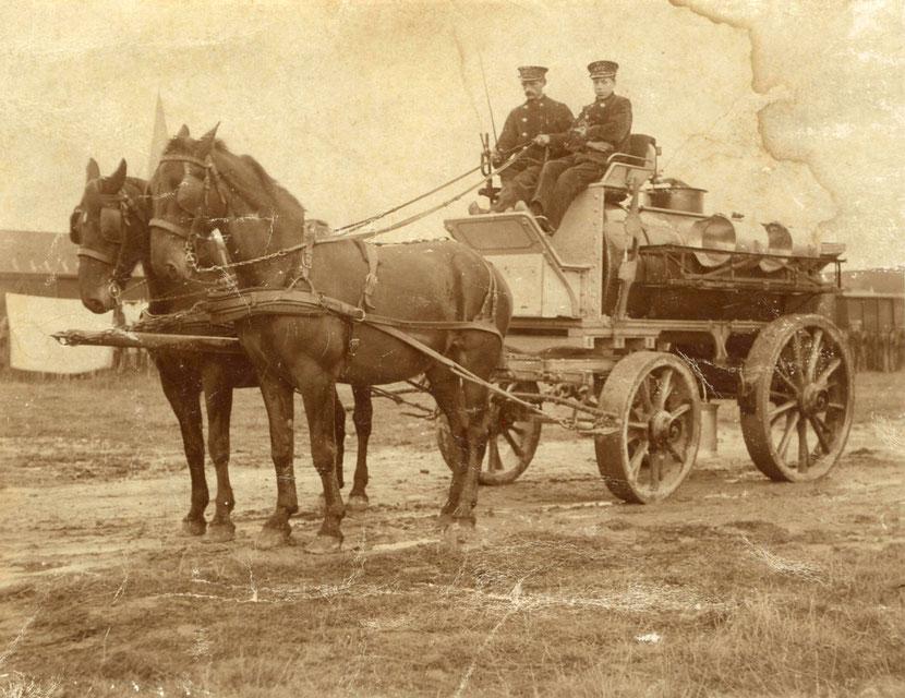 Klaas Wiersma en Piet Klumper met de paarden Prins en Miena (1910)