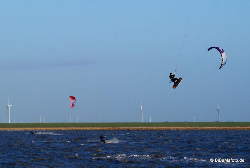 Nur Fliegen ist schöner ... Kitesurfen an der Dagebüller Mole!
