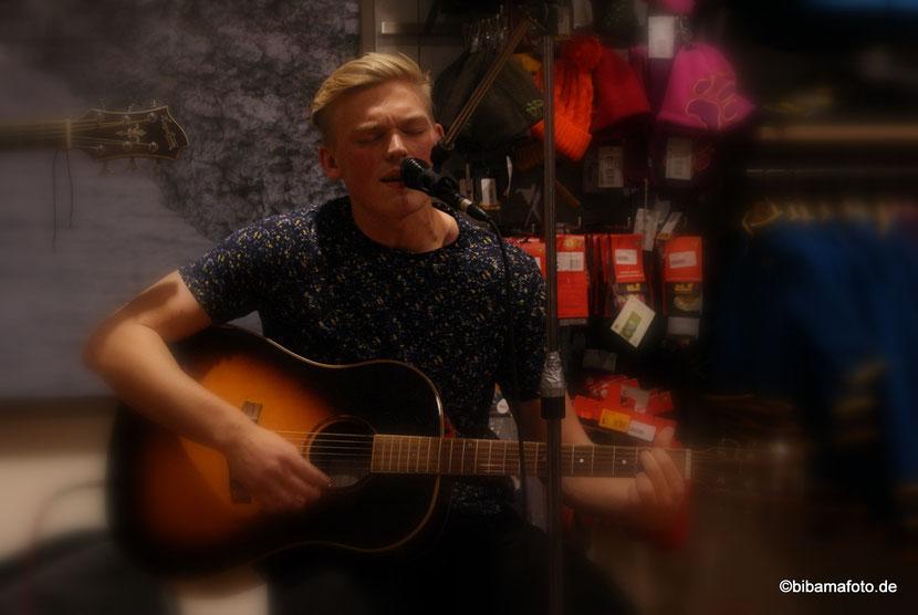 G-by-Saite unplugged ... erstes Konzert in Husum ... :)