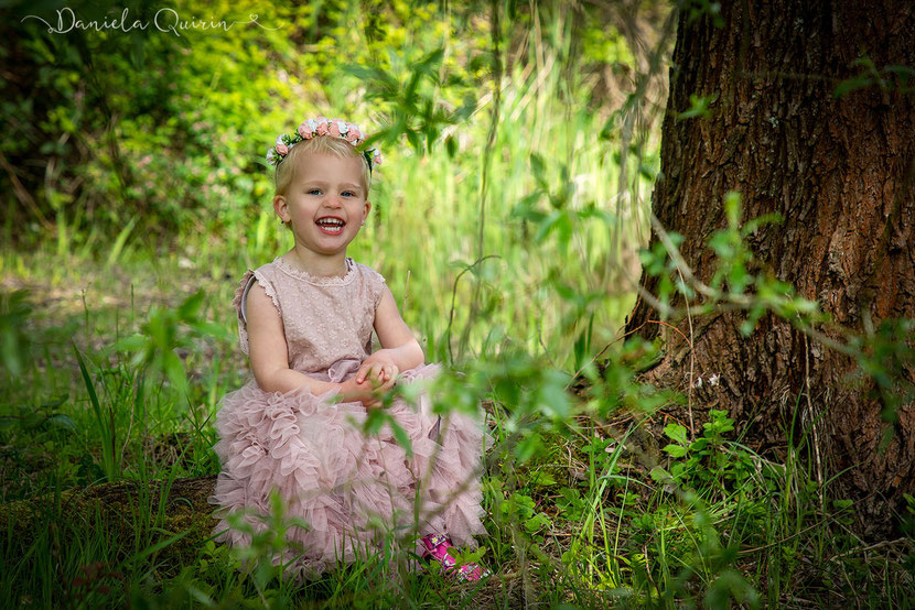 Kleine Prinzessin Outdoorkindershooting 2019