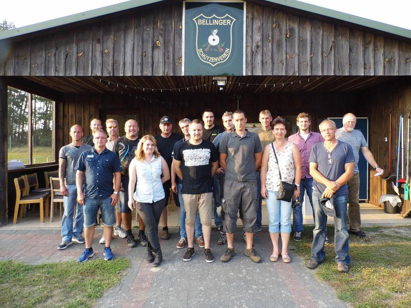 Teilnehmer des Gästeschießen vom Team Baucenter Eggesin.