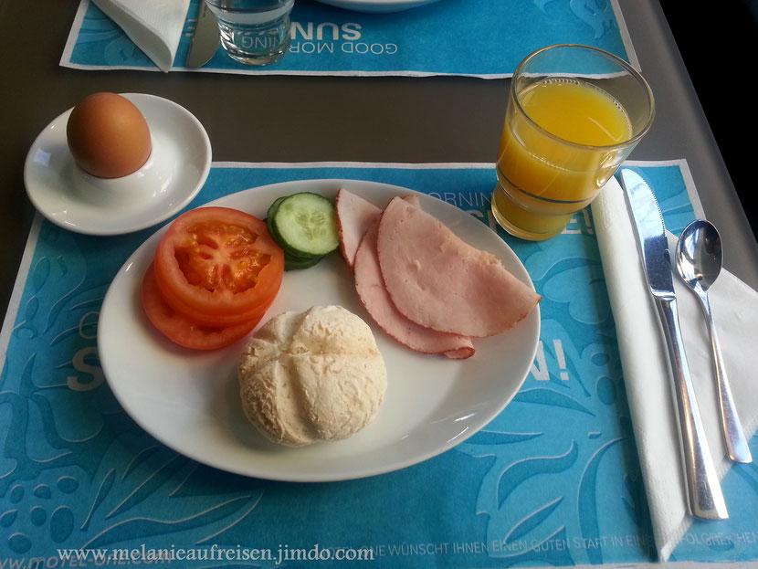"""Frühstück im Hotel """"Motel One"""" - glutenfreies Brötchen ;-)"""