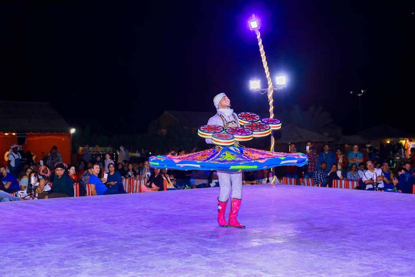 you can see amazing dancers during your Desert Safari Dubai tour