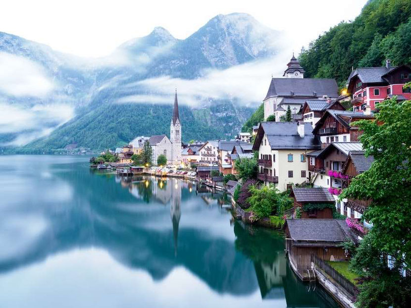 a must see place in Austria: Hallstatt