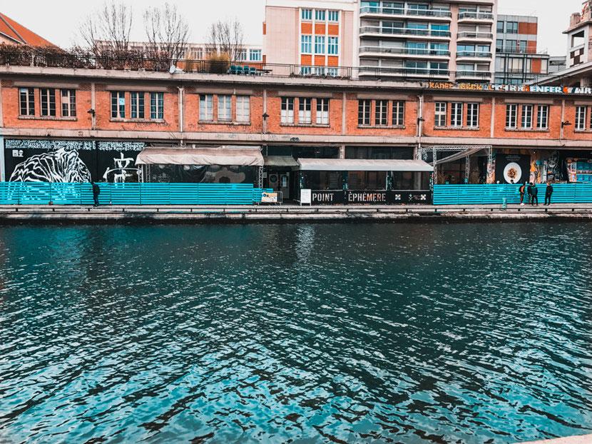 альтернативный культурный центр Point Ephemere на канале Сен Мартен в Париже