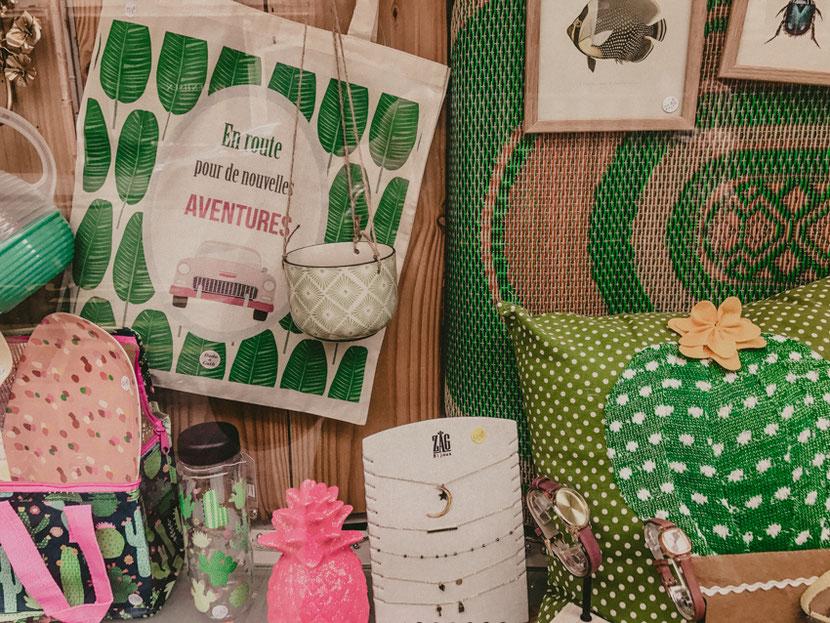 необычный концептуальный магазин в Париже с предметами декора, аксессуаров