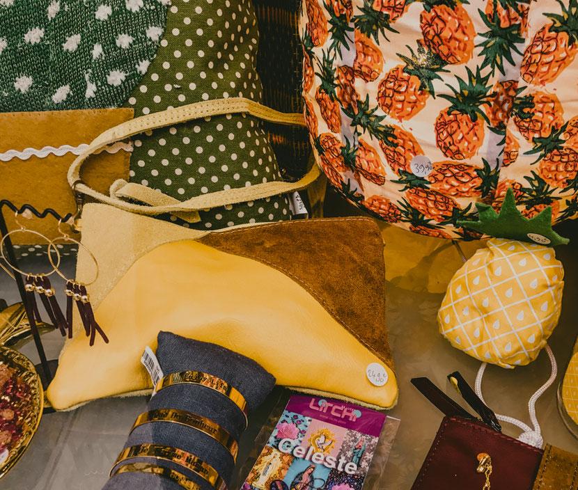 концептуальный магазин в Париже с сумочками, браслетами, сережками и бижутерией