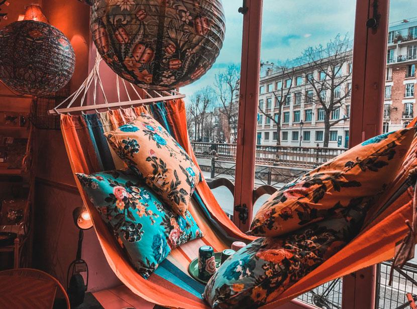 альтернативный независимый магазин в Париже на канале Сен Мартен