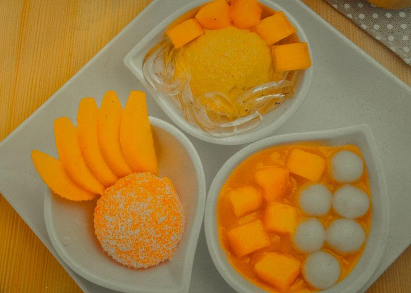 гастрономический тур в Гонконге - десерт из манго и кокоса
