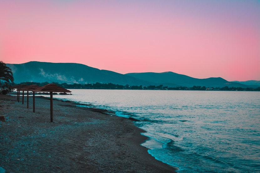 закат на пляже Неа Макри возле Афин