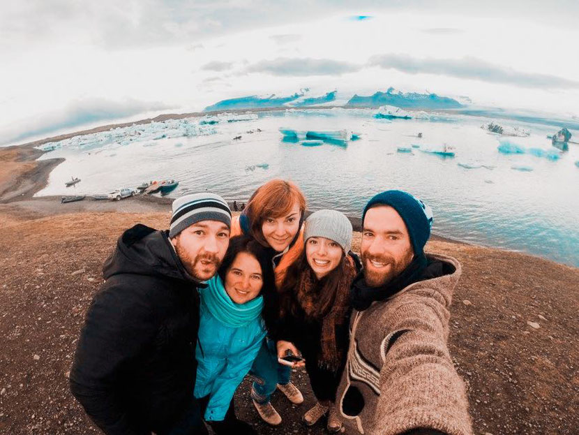 my travel to Iceland with complete strangers that became my friends