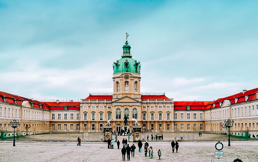 Berlin Charlottenburg District: safety, where to stay, hotels, attractions