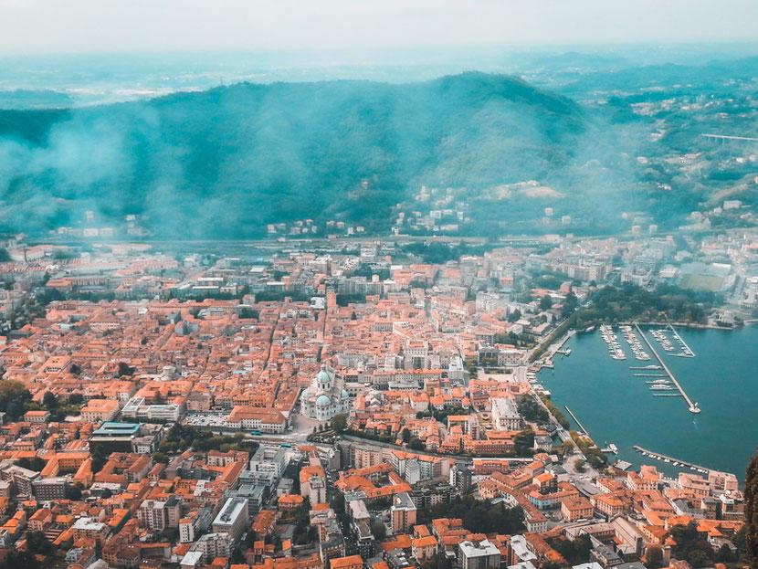 город Комо панорама