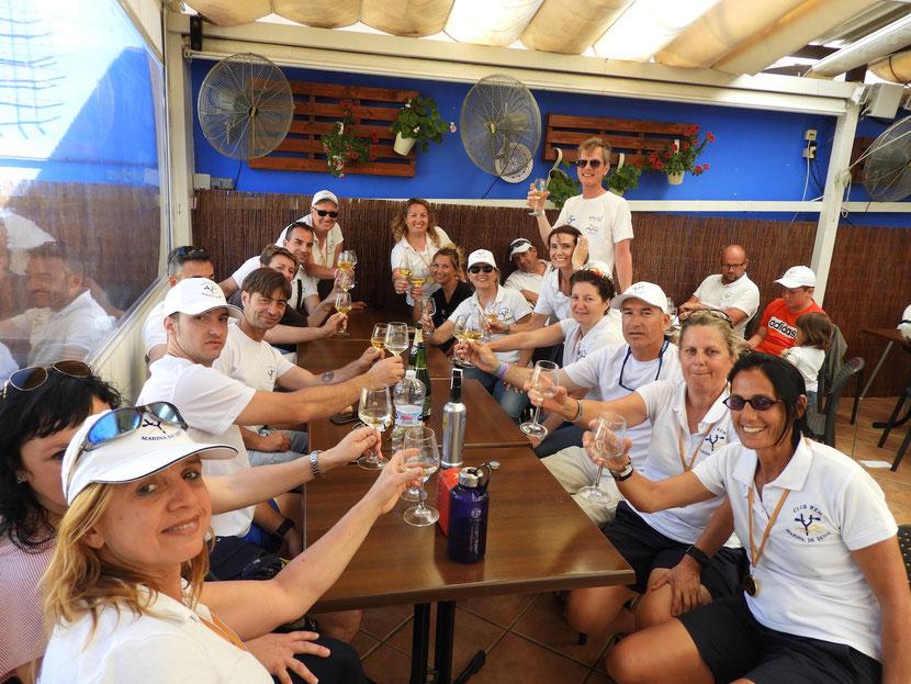 El Club de Rem Marina de Dénia celebró la consecución de la Liga Suma tras una nueva victoria en la última regata