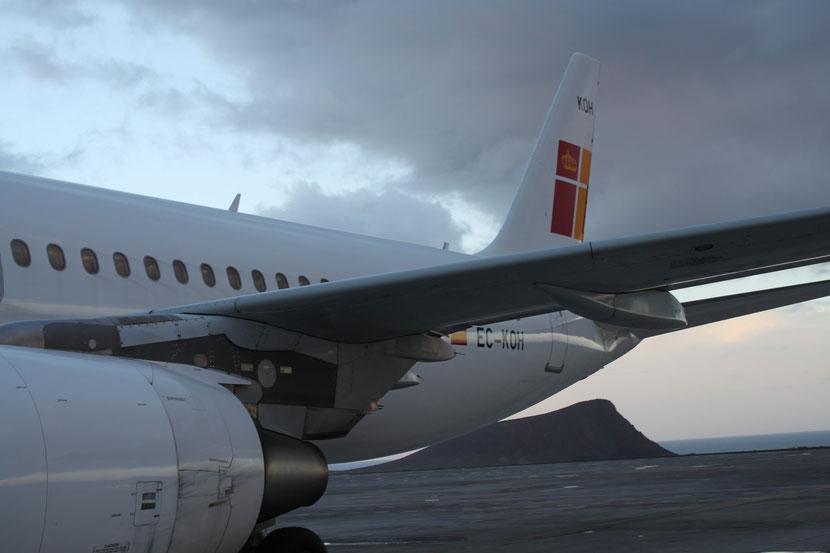 Unsere Maschine vor dem Start auf Teneriffa zum dritten Anflug auf La Palma.