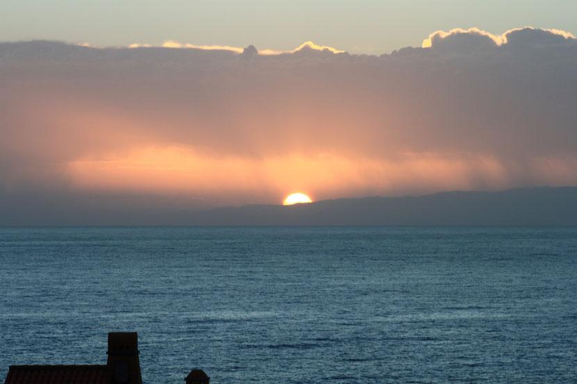 Im Hintergrund Insel Gomera.